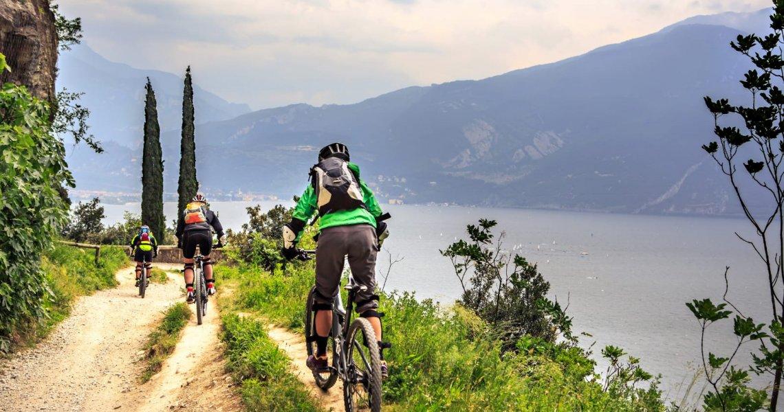 Incredible Mountain Bike Excursions on the Lake